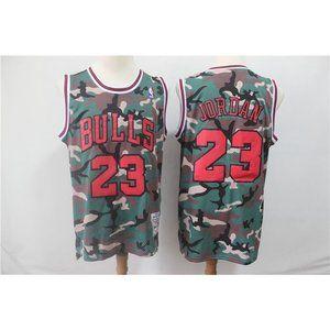 Chicago Bulls Michael Jordan Jersey (2)